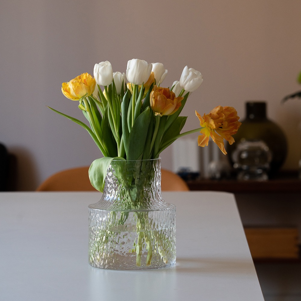 Skruf glass vase M
